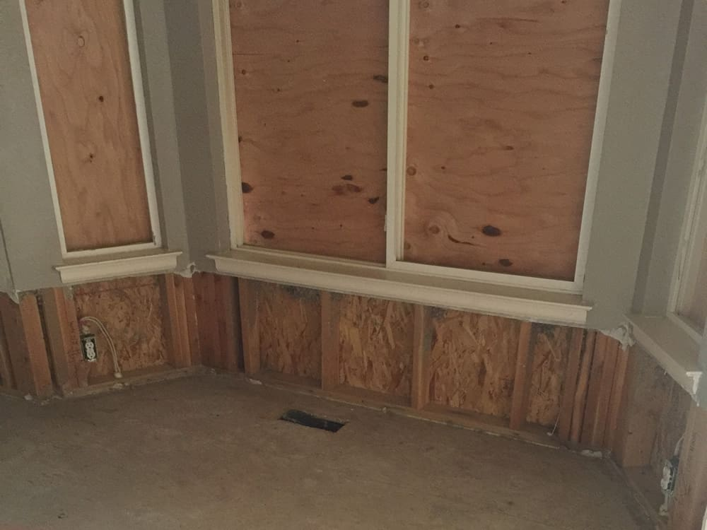 FGS residential renovation in Aurora, Colorado - kitchen windows before